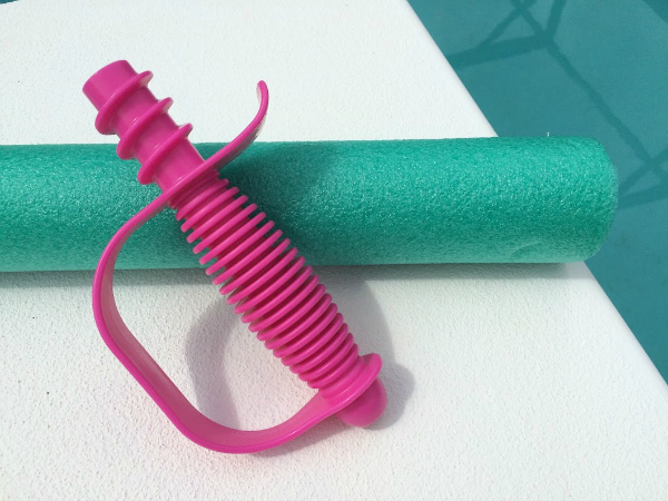 Canoodle Toy