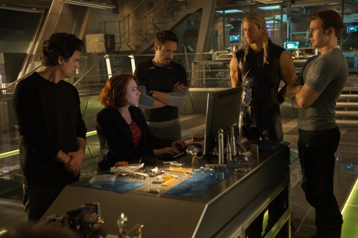 Marvel's Avengers: Age Of Ultron..L to R: Bruce Banner (Mark Ruffalo), Natasha Romanoff (Scarlett Johansson), Tony Stark (Robert Downey Jr.), Thor (Chris Hemsworth) and Steve Rogers (Chris Evans)..Ph: Jay Maidment..?Marvel 2015