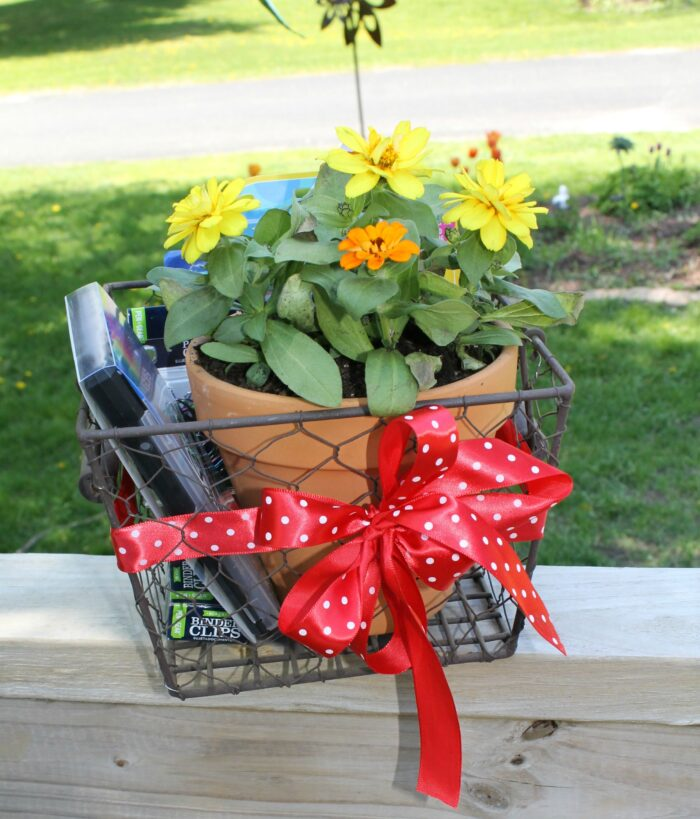 DIY Teacher Appreciation Gift Basket