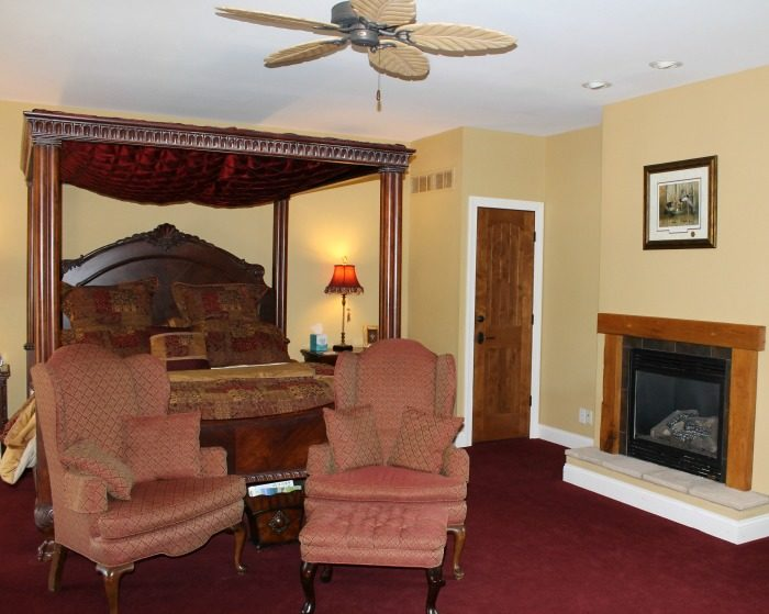 Goldmoor Inn Offers Romantic Inn and Suites