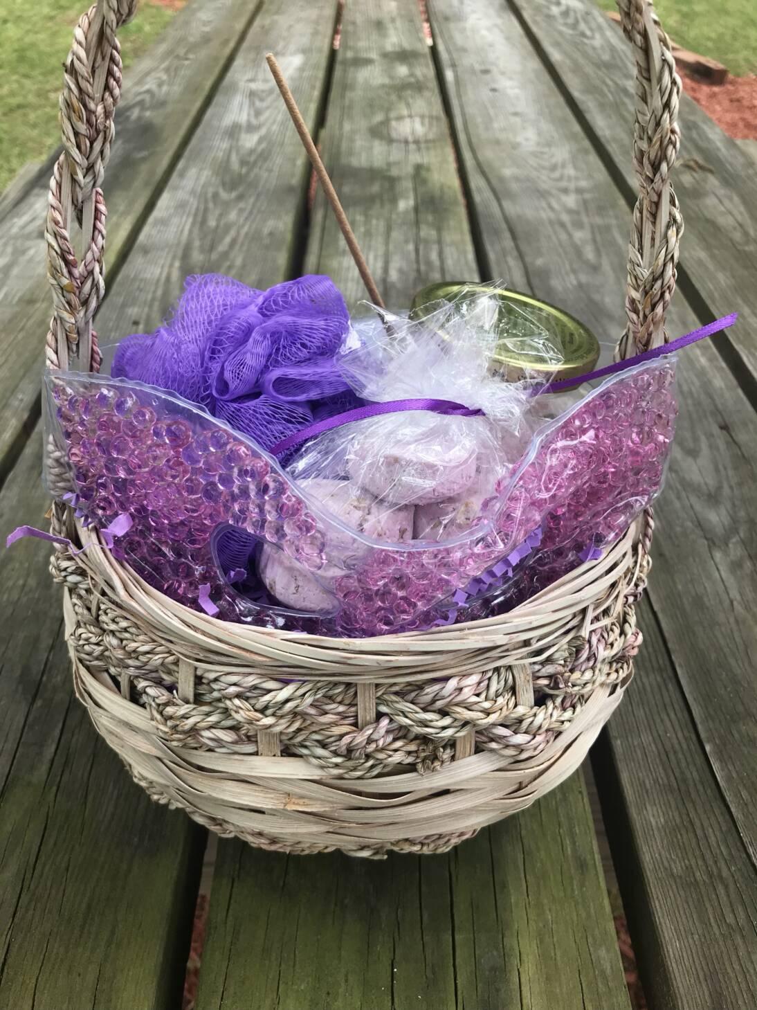DIY Lavender Oatmeal Bath Bombs