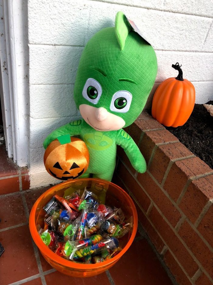 Have a Spook-tacular Halloween with the PJ Masks