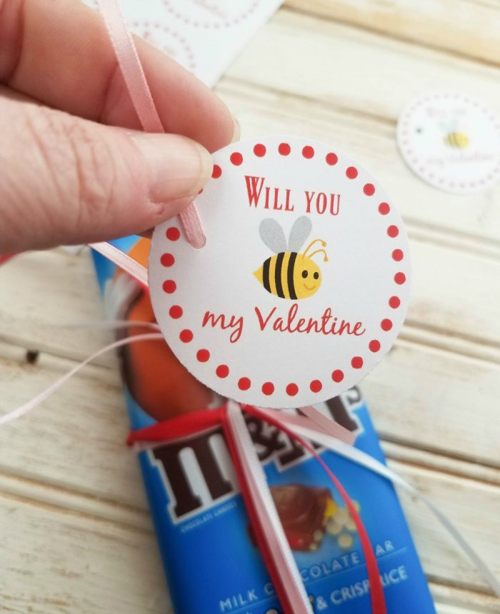 Simple Valentine Gifts for Friends & FREE Printable