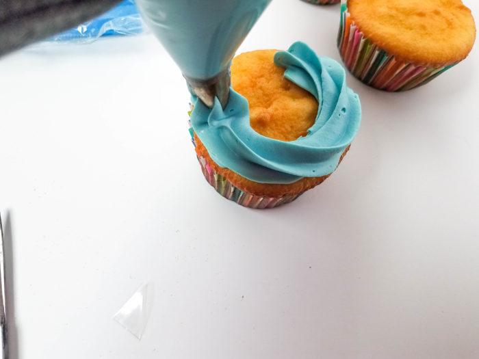 Easy Peeps Bunny Cupcakes