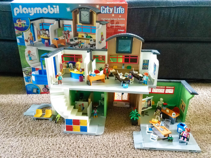 Furnished School Building from Playmobil Review