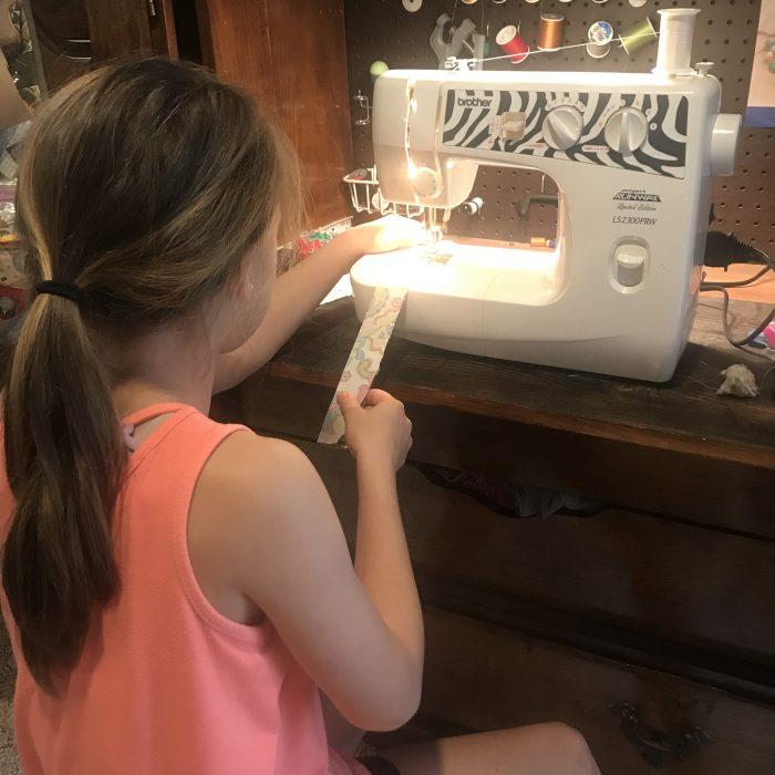 sewing a Scrunchie