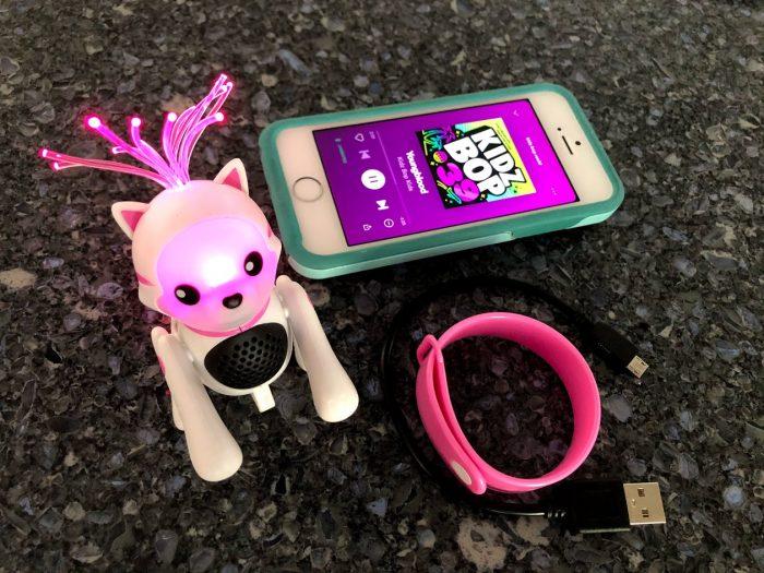 JamBrites Light-Up Bluetooth Speaker Pets - Review