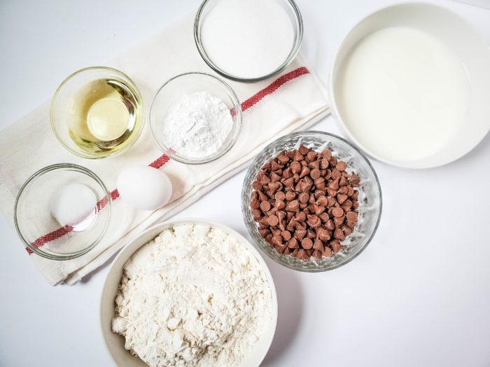 chocolate chip muffins ingredients